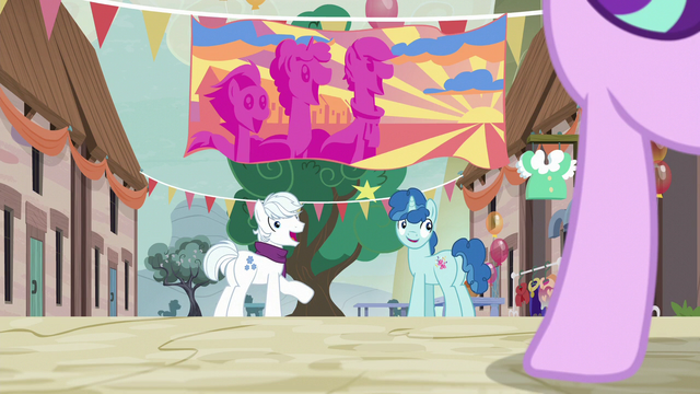 File:Double Diamond and Party Favor happy to see Starlight S6E25.png