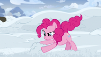 Pinkie Pie snow-sculpting S7E11
