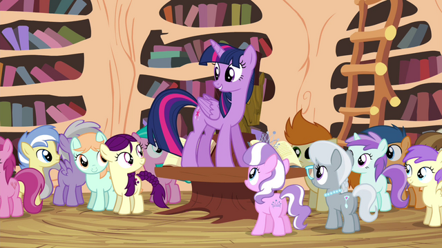 File:Twilight addressing foals in the library S4E15.png