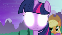 Twilight sees one last flashback S4E02
