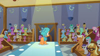 Everypony cheers for Tender Taps S6E4