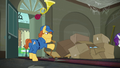 Mailmare delivers packages indelicately S6E9.png