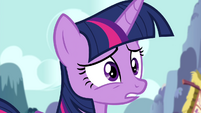Twilight just as surprised as her friends S4E25