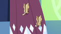 Chipmunks climbing up curtains S5E3.png
