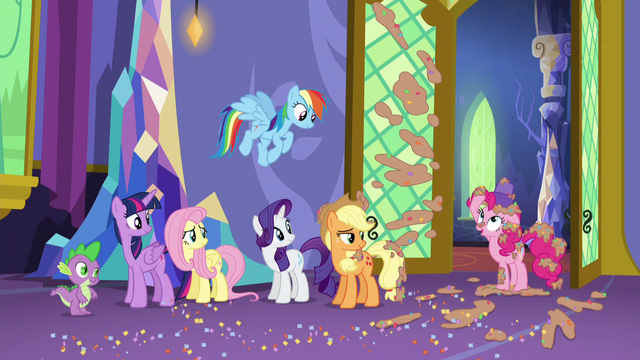 "File:Pinkie ""not my fault I hid them so well!"" S5E3.png"