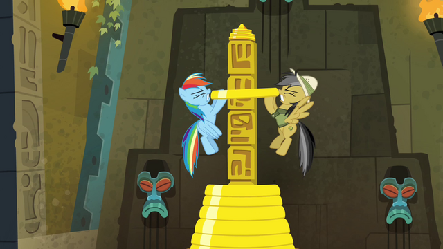 File:Rainbow and Daring lifting rings from pillar S4E04.png