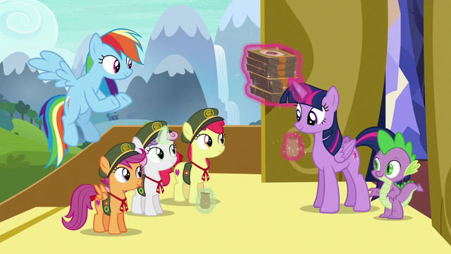 File:Twilight and Spike buy six boxes of cookies S6E15.png