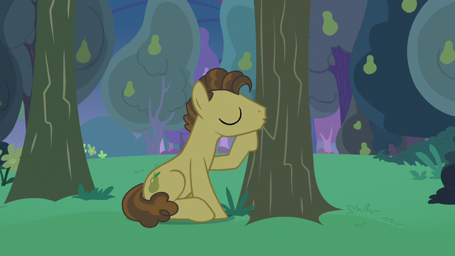 File:Grand Pear kissing his pear trees S7E13.png