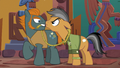 Quibble Pants glaring at Rogue S6E13.png