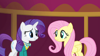 Rarity weak smile at Fluttershy S4E14