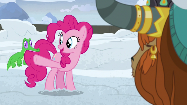 """File:Pinkie Pie """"Twilight and the others will"""" S7E11.png"""