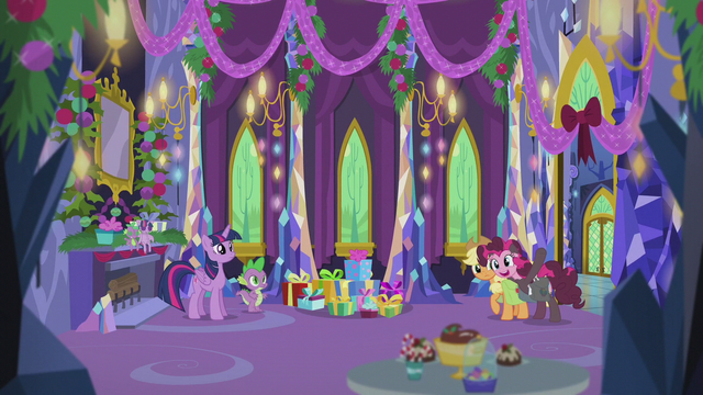 File:Pinkie Pie hurriedly grabs Applejack S5E20.png