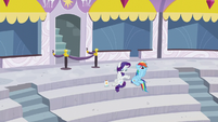 Rainbow watching aerial display; Rarity rubbing some lotion S5E15