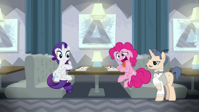 File:Pinkie Pie still repulsed by the food S6E12.png