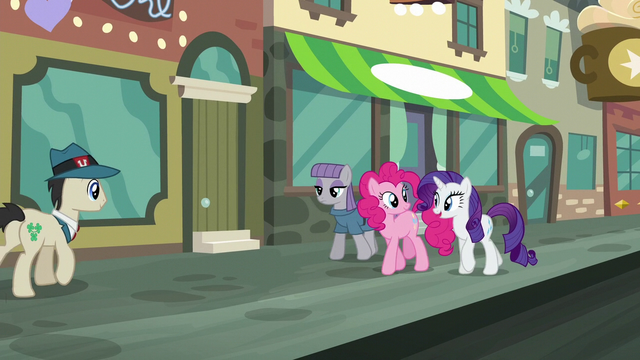 "File:Rarity ""you Pie sisters have just about the sweetest family traditions!"" S6E3.png"