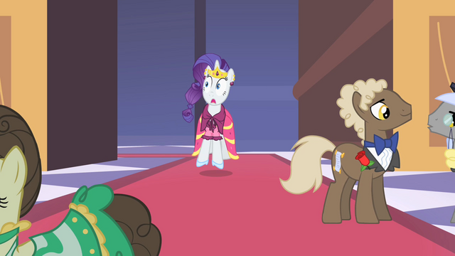File:Rarity excited S01E26.png