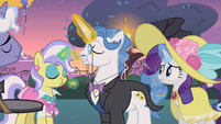 Rarity won't notice S2E9