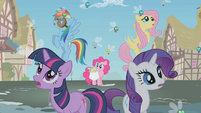 Twilight and friends see the spell take effect S1E10