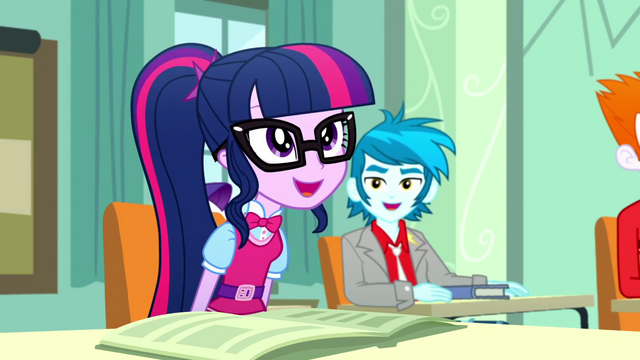 File:Twilight happy to be in charge of class SS8.png