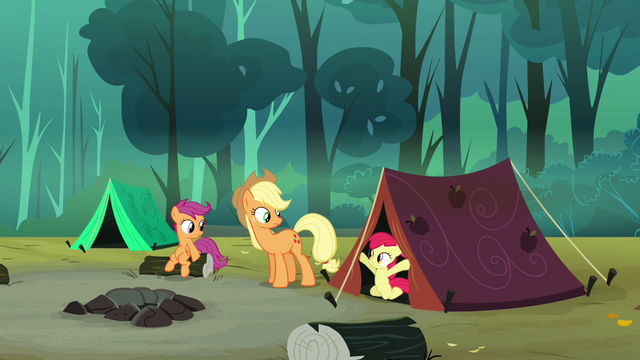 File:Applejack's and Apple Bloom's tent is set up S3E06.png