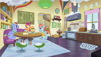 Bow and Windy's house, kitchen interior S7E7