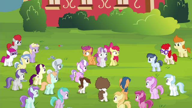 File:CMC looking at the crowd of foals S4E15.png