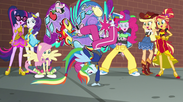 File:Rainbooms watch Rainbow Dash breakdance EGS1.png