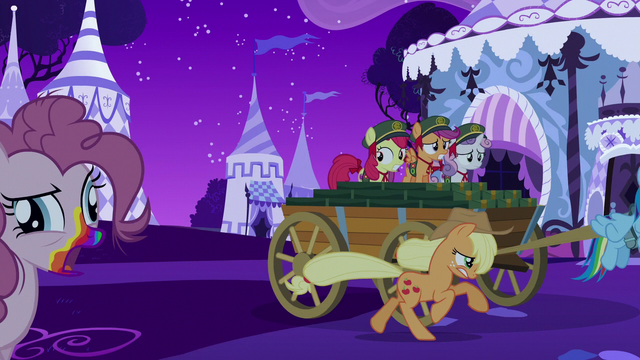 File:Rainbow and friends flee from zombies S6E15.png