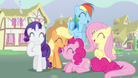 Rarity & Rainbow Dash laughing S3E5