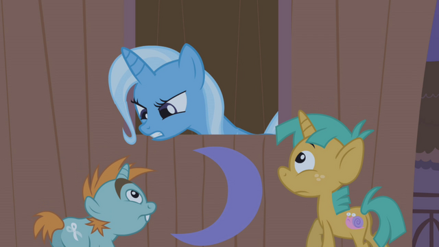 File:Trixie doesn't want to be disturbed S1E06.png