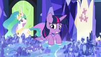 Twilight looking over the Cutie Map S7E1