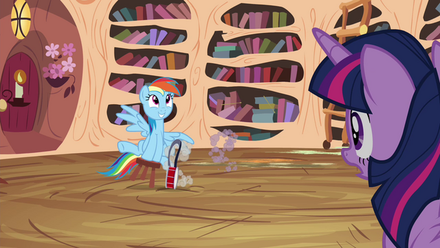File:Owlowiscious and Spike sprints away S4E21.png