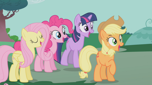File:Ponies happy S01E14.png