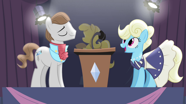 File:The announcers S4E19.png