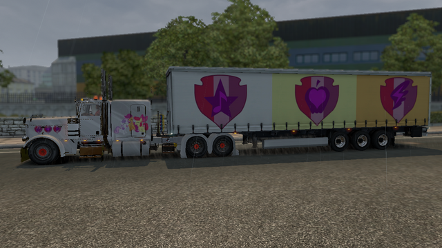 File:FANMADE ETS2 Pete 389 Custom - CMC Skin 2.png