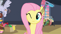 Fluttershy stretching eyelashes S2E11