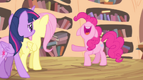 Pinkie Pie 'anypony's ever received' S4E11