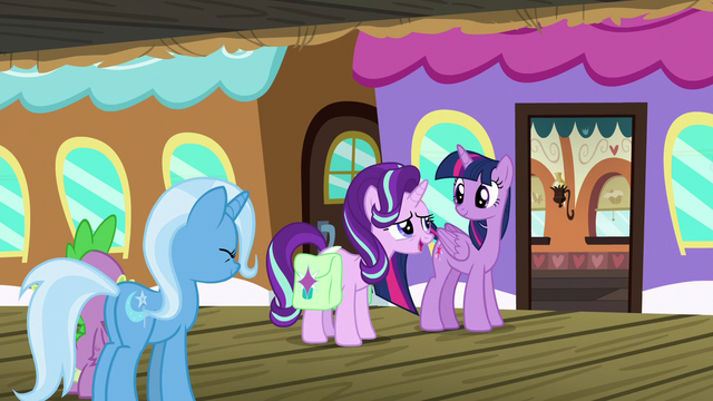 """File:Starlight """"we'll take good care of the castle"""" S7E2.png"""