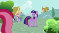 Twilight Sparkle looking for Rarity S7E14.png
