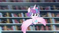 Flurry Heart slows herself down S6E2.png
