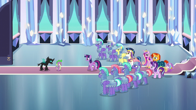 File:Twilight approaches Spike alone S6E16.png