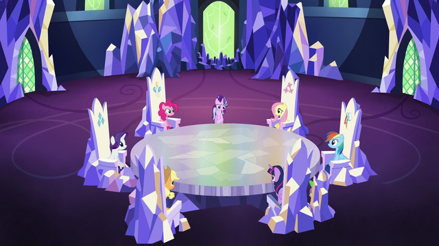 File:Starlight speaking to Mane Six in the throne room S6E25.png