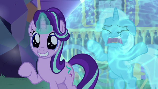 File:Starlight Glimmer in awe of Thorax's wings S6E25.png