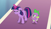 Twilight beginning to use dark magic S3E2