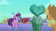 Twilight explaining crystal heart importance S3E1