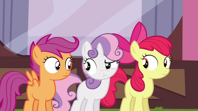 File:Cutie Mark Crusaders looking confused S4E15.png