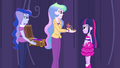 Celestia presents the crown to Twilight EG.png