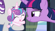Flurry Heart tries to reach for her aunt S6E2