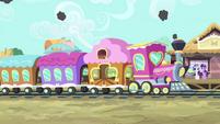 Train arrives S4E13