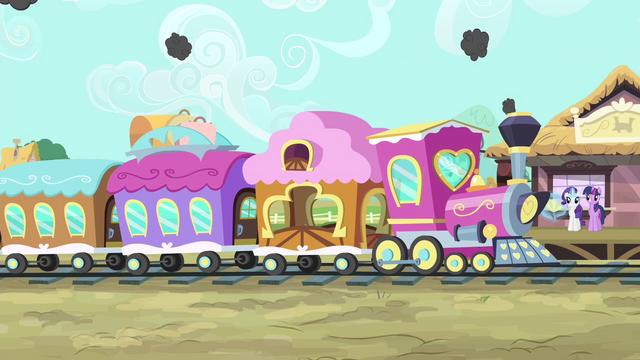 File:Train arrives S4E13.png